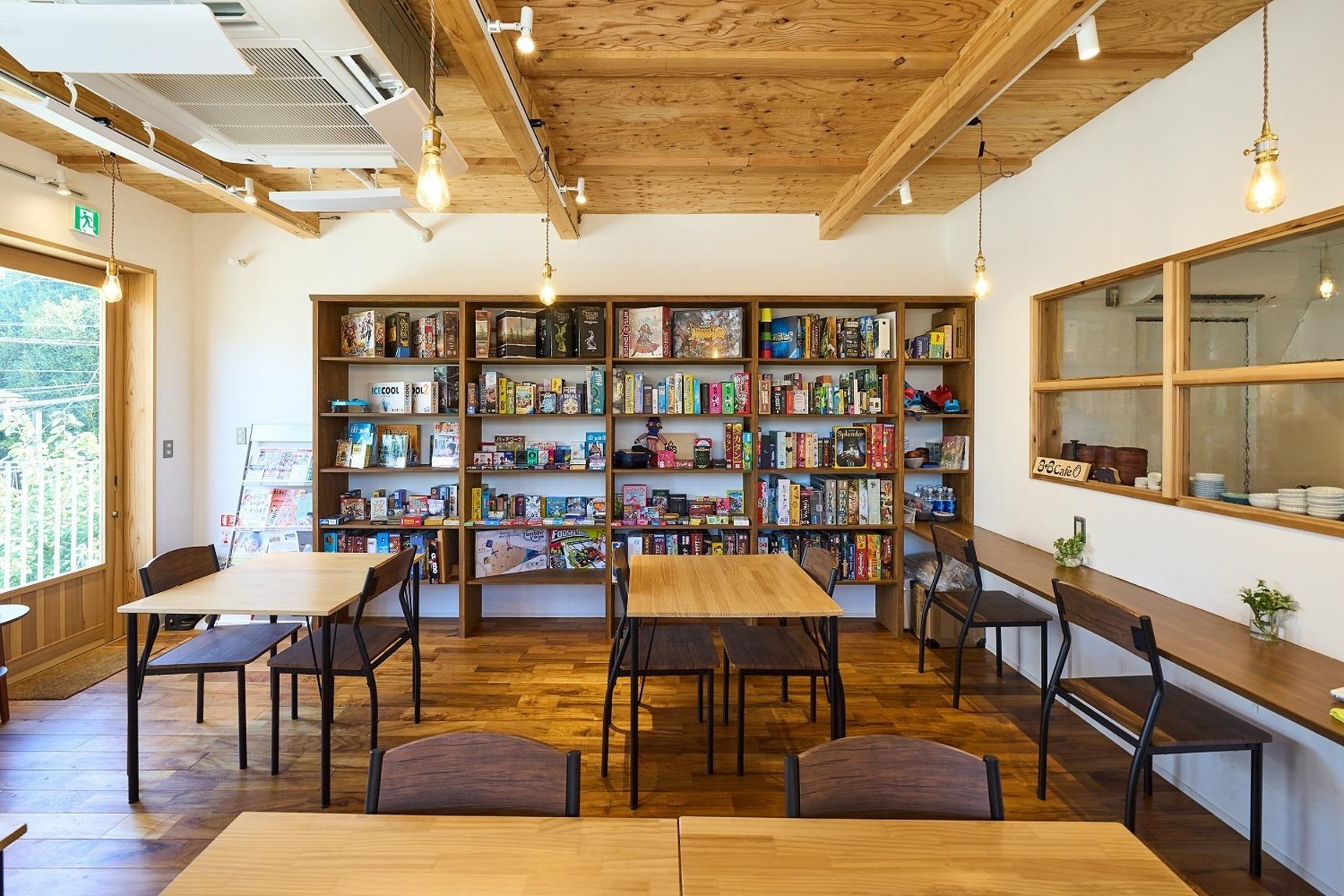 Large 8 8 cafe 10